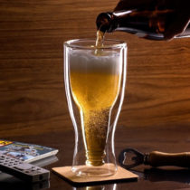 Fľaša v pohári