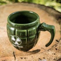 Hrnček v tvare granátu zelený