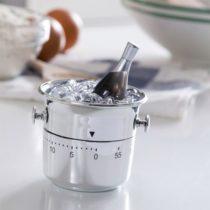 Kuchynská minútka vedro s ľadom
