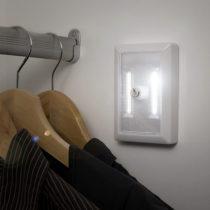 Nočná LED lampa so stmievačom
