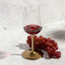 Prevzdušňovací pohár na víno