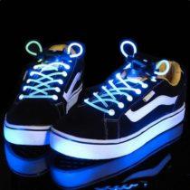 Svietiace LED šnúrky do topánok - modré